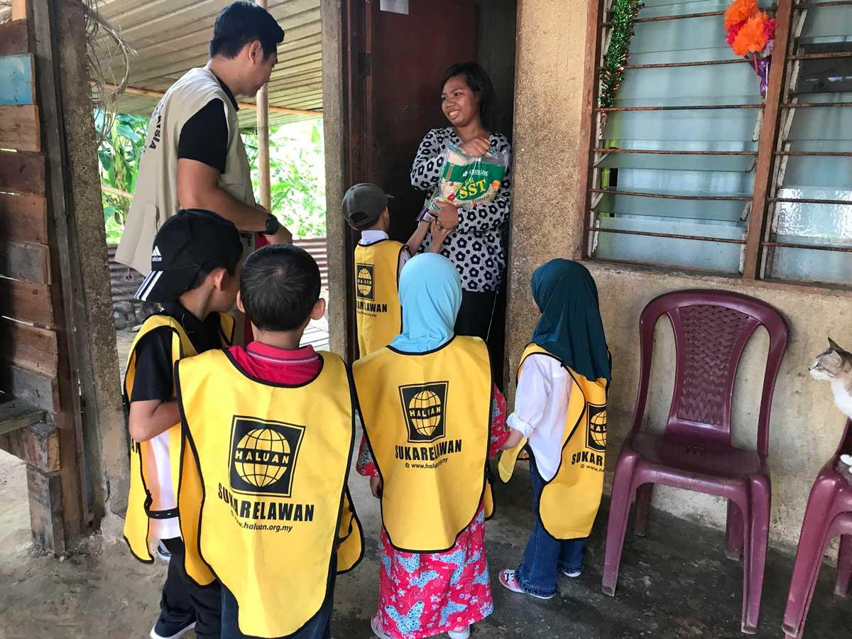Kanak-kanak HALUAN Rai Orangasli Sungai Gabai