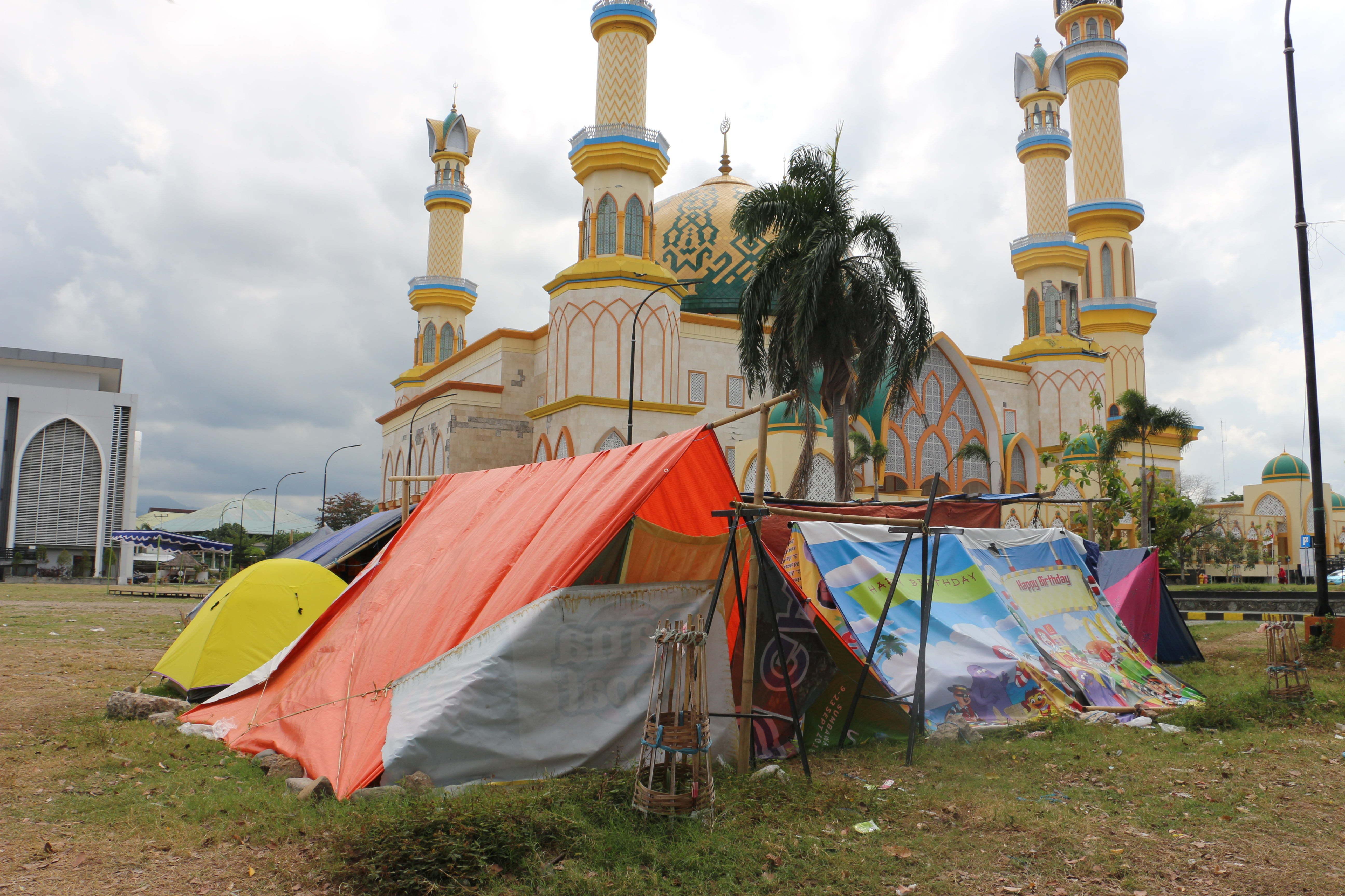 Trauma Gempa Buat Warga Lombok Takut