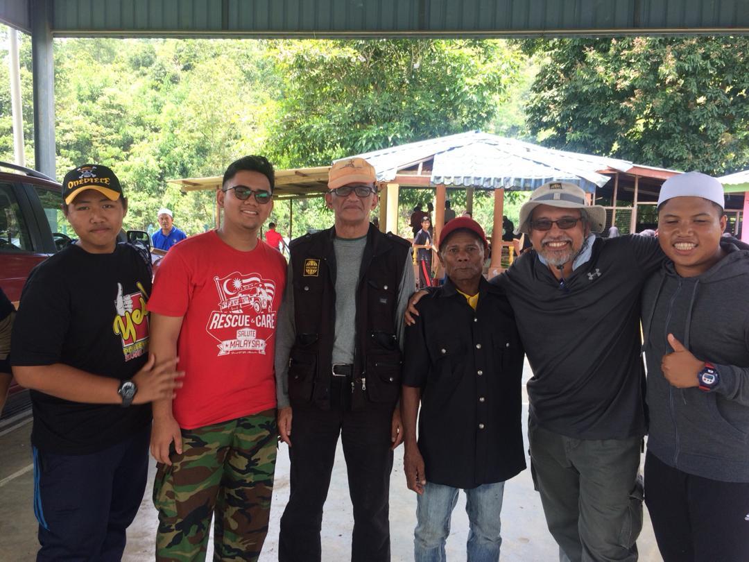 Siswazah Politeknik Kasih Bersama Orang Asli