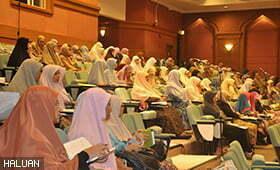 Sinergi Iman Benteng Pertahanan Wanita HALUAN