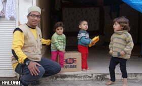 HALUAN Salur Bantuan Musim Sejuk Untuk Pelarian Syria
