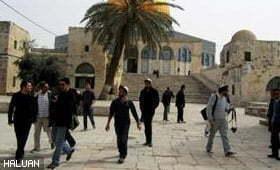 Yahudi Ceroboh Masuk Masjid Al Aqsa