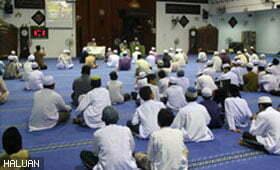 Jemaah Masjid An-Naim Insafi Musibah Yang Melanda Somalia