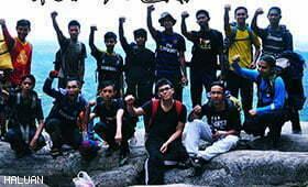 Remaja Kelantan Tawan Gunung Stong