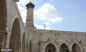 Masjid Umari Yang Penuh Sejarah