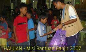 Relawan Bersama Mangsa Banjir di Aidil Adha
