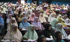 200 hadiri Seminar Menangani Gejala Sosial